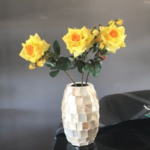 NWT Set of 3 Pier 1 Yellow king stem roses